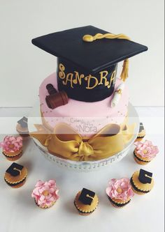 Graduation cake. Laws | Cakes and More by Nora