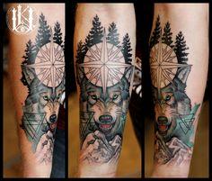 #tattoo #tatuaz #warszawa #warsaw #wolf #wilk #compass #roza wiatrow #geometry #geometria