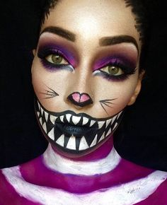 Love this Cheshire Cat halloween makeup looks soo beautiful and amazing my favourite love it soo beautiful. Unique Halloween Makeup, Halloween Inspo, Halloween Makeup Looks, Disney Halloween Makeup, Halloween Costumes Women Creative, Halloween Movies, Cheshire Cat Makeup, Cheshire Cat Halloween, Cheshire Cat Costume