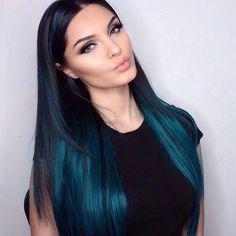 Vibrant Hair Color for Dark Hair - Teal Ombre Hair Color Kylie Hair, Kylie Jenner Blue Hair, Jenner Hair, At Home Hair Color, Dying Hair At Home, Ombre Hair Color, Ombre Green, Teal Green, Hair Color Tips
