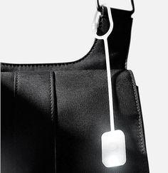 So wird man garantiert in der Tasche fündig: Handtaschenlicht mit LED. Hier entdecken und shoppen: http://sturbock.me/b9e