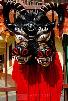 Dancing-Devils-of-Yare-Venezuela-10.jpg (502×750)
