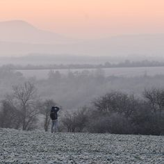 """152 kedvelés, 13 hozzászólás – Markovics Diána (@markovicsdiana) Instagram-hozzászólása: """"Photoshooter @tothszabolcs 📷  #countryside #earlymorning #beforesunrise #forestwalk…"""" Diana, Mountains, Nature, Travel, Instagram, Naturaleza, Viajes, Destinations, Traveling"""