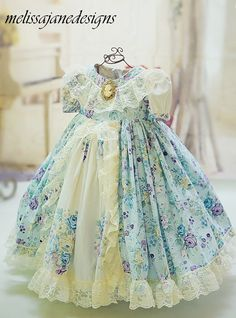 Home Remodel Open Concept Baby Dress Patterns, Doll Clothes Patterns, Clothing Patterns, Little Girl Dresses, Girls Dresses, Flower Girl Dresses, Kids Blouse Designs, Sewing Kids Clothes, Design Girl