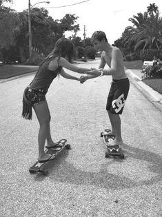 couple skate cute