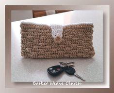 Basket Weave Clutch, free crochet pattern by Crochet Memories ༺✿ƬⱤღ https://www.pinterest.com/teretegui/✿༻