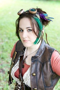 EPBOT: Awesome steampunk costume with lots of personal touches - check out her great tutorials!