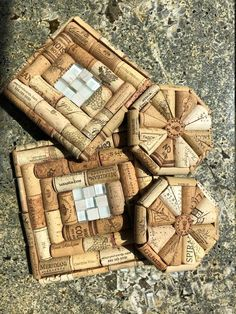 Wine Craft, Wine Cork Crafts, Wine Bottle Crafts, Wine Bottles, Wine Cork Trivet, Wine Cork Art, Diy Crafts To Sell, Easy Crafts, Crafts For Teens