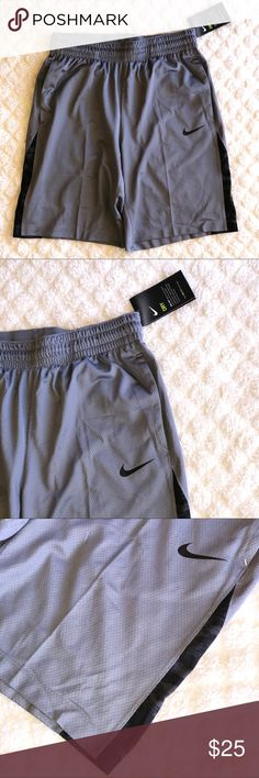 MEN NIKE DRI FIT SHORTS •NEW 3 POINT NIKE SHORTS •BRAND NEW •100% Authentic •NO FLAWS   🚢 FAST SHIPPING🚢 🚫SMOKE & PET FREE🚫 🛍DISCOUNTS ON BUNDLES ARE ONLY FOR THE CLOTHING NOT SHOES🛍  🔹I ACCEPT OFFERS THROUGH OFFER BUTTON ONLY!  🔸I CAN'T ACCEPT AN OFFER IF YOU DON'T MAKE ONE 😊  ❌No trades❌ Nike Shorts Athletic