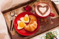 Easy And Delicious Healthy Breakfast Ideas Valentines Day Food, Valentines Breakfast, Mothers Day Breakfast, Romantic Breakfast, Good Morning Breakfast, Breakfast In Bed, Breakfast Ideas, Menu Saint Valentin, Food Porn
