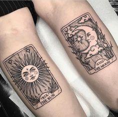 ✔ Back Of Arm Moon tattoo - Tattoo Back - Tattoo Tiny Wrist Tattoos, Foot Tattoos, Cute Tattoos, Body Art Tattoos, Small Tattoos, Sleeve Tattoos, Tatoos, Tribal Tattoos, Ocean Tattoos