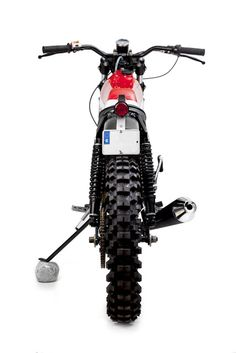 "Racing Cafè: Montesa Enduro 75L ""Monty"" by Maccomotors"