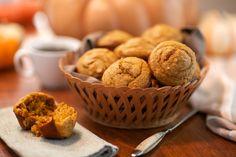 (Made Low Carb Keto Friendly Pumpkin Spice Muffins 100 Calorie Desserts, Ww Desserts, Weight Watchers Desserts, Low Carb Sweets, Lemon Desserts, Delicious Desserts, Dessert Recipes, Tasty Snacks, Dessert Ideas