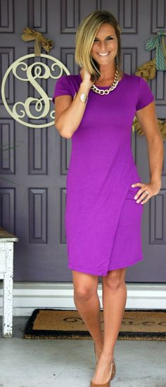 Living In Yellow looking divine in this bright purple Stitch Fix dress!