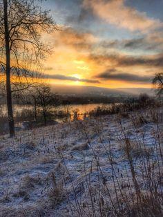 Morgens beim Geocachen Celestial, Sunset, Outdoor, Outdoors, Sunsets, Outdoor Games, The Great Outdoors, The Sunset