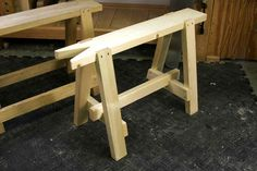 A $6 saw bench by Chris Schwarz. Gonna build me a pair of these.