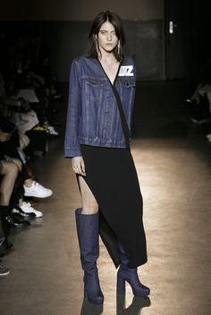 Lutz Huelle, P-E 17 - L'officiel de la mode