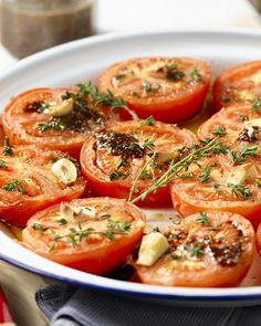 Business Cookware Ought To Be Sturdy And Sensible Geroosterde Tomaten Met Honing En Tijm Side Dish Recipes, Side Dishes, Dinner Recipes, Tortilla Vegan, Bbq, Vegetarian Recipes, Healthy Recipes, Good Food, Yummy Food