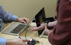 Disso Voce Sabia?: Estudantes criam pulseira para substituir o ar condicionado