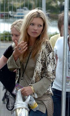 Kate Moss Looks Lovely In Mixed Metallics At Isle Of Wight Festival, 2007