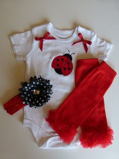 Ladybug Applique Baby Girl Gift Set With Leggings and by mamabijou, $26.00
