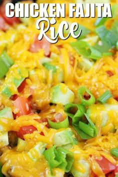 Get kids cooking with this easy One-Pot Chicken Fajita Rice recipe! It's filled with veggies, avocado, cheese, ground chicken and rice. Chicken Fajita Rice Recipe, Chicken Fajita Rezept, Grilled Chicken Fajitas, Chicken Fajita Casserole, Shredded Chicken Recipes, Fajita Recipe, One Pot Chicken, Ground Chicken, Homemade Fajitas