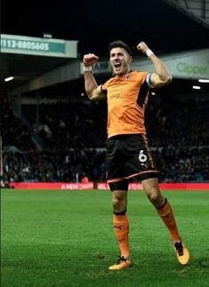 Wolverhampton Wanderers Fc, Running, Sports, Racing, Keep Running, Excercise, Why I Run, Jogging, Sport