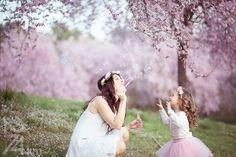 sesión de fotos en familia primavera en almendros en flor barcelona (4)