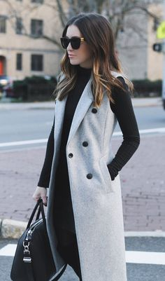 Holiday Dressing: Sleeveless Trench
