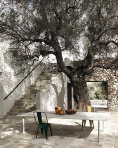 33 New ideas exterior entrance design courtyards Outdoor Spaces, Outdoor Living, Outdoor Decor, Landscape Design, Garden Design, Terrace Design, Modern Courtyard, Walled Garden, Italian Garden
