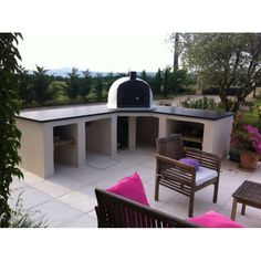 Famosi Brick Wood Fired Pizza Oven in Outdoor Kitchen � Patio & Pizza