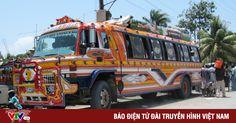 Những chiếc xe bus Tap-Tap sặc sỡ tại Haiti Xem bài viết => Read post: https://vn.city/nhung-chiec-xe-bus-tap-tap-sac-so-tai-haiti.html #TintucVietNam - #VietNam - #VietNamNews - #TintứcViệtNam Thủ đô Port-au-Prince của Haiti không có hệ thống giao thông công cộng vì vậy nếu không sở hữu ô tô, xe Tap-Tap sẽ là phương tiện di chuyển chủ yếu của hàng trăm nghìn người dân tại đây.  Tin tức Việt Nam, T