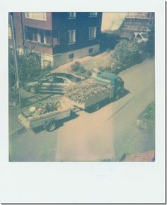 Traffic – Homage to Jacques Tati (1907-1982) - (Kamera: Polaroid 600   Film: The Impossible Project – PX 680 First Flush Color Shade (07-2011)