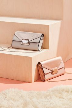Need arm candy for your next event? Then grab a 'Grey Pushlock Panel Clutch'. Photography Bags, Fashion Photography, Wedding Guest Clutches, Race Day Fashion, Stylish Summer Outfits, Side Bags, Advertising Photography, Occasion Wear, Bodycon Dress