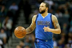 The  Cleveland Cavaliers  will reportedly finally be getting the backup point guard they've long sought when  Deron Williams  signs with the defending  NBA  champions...