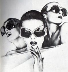 Sunglasses ad in Jours de France, 1973. (♥)