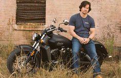 Partenaires Mark Wahlberg avec Indian Motorcycle pour créer la ligne de vêtements http: // sco.lt/6qXkMz