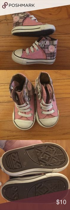 Converse All ⭐️ Star Toddler High Tops Pink, White, and Brown Plaid Converse All ⭐️ Star High Tops! Size 4 toddler. Very minimal wear! Converse Shoes Sneakers