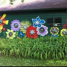 Hubcap flowers, custom paint, yard art, garden fun!!!