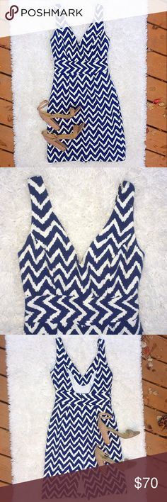 Milly New York Navy & White Chevron Dress Milly of New York Chevron Print Navy Blue and White A Line V Neck Open Back Midi Knee Length Dress Size 2. True to size.   37 inches long (shoulder to hem) and 28 inch waist. Great condition. 💐Bundle two or more items and get 20% off your entire order. Milly Dresses Midi