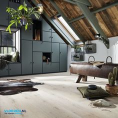 Top Bungalow Home Renovation Ideas Style At Home, Home Room Design, House Design, Interior Architecture, Interior And Exterior, Modern Barn House, Casas Containers, Luxury Flooring, Bungalow Homes