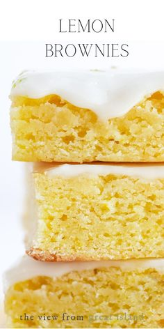 Lemon brownies are a brilliant mashup between chocolate brownies and tangy lemon bars. These moistcitrusybars are a wonderful spring dessert! #brownies #lemonbars #lemondessert #lemoncake Lemon Dessert Recipes, No Cook Desserts, Lemon Recipes, Easy Desserts, Baking Recipes, Delicious Desserts, Recipes Dinner, Lemon Brownies, Chocolate Brownies