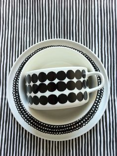 marimekko in black and white noir et blanc ceramics Valentines Day Party, Black White Stripes, Textures Patterns, Mixing Patterns, Scandinavian Design, Cup And Saucer, Tea Cups, Hygge, Pottery