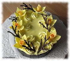 Narsissikakku, photo by kinuskikissa Easter Recipes, Easter Food, Seasonal Food, Egg Hunt, Food Festival, Let Them Eat Cake, No Bake Cake, Food Pictures, Cake Decorating