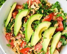 Several fitness trainers shared with Dr Oz what they eat for lunch, and then Dr Oz shared an easy natural remedy for cold and flu season. Healthy Recipes For Diabetics, Healthy Salad Recipes, Clean Recipes, Whole Food Recipes, Cooking Recipes, Clean Eating, Healthy Eating, Healthy Lunches, Food Challenge