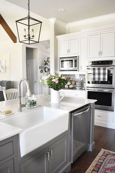 Farmhouse Kitchen. F