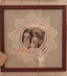 Pano pra Mangas: Ein weiteres Lieblingsgeschäft: J & B The Shop - Dekoration Doilies Crafts, Crochet Doilies, Framed Doilies, Doily Art, Diy And Crafts, Arts And Crafts, Frame Crafts, Vintage Crafts, Antique Lace