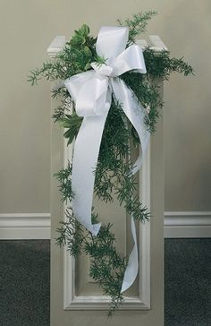 Wedding Pew Decorations Pew decorations are an Christmas Decorations Archive - - Church 4 Wedding Church Wedding Decoration Church Pew Wedding Decorations, Church Wedding Flowers, Wedding Pews, Wedding Centerpieces, Church Weddings, Wedding Candelabra, Altar Decorations, Wedding Cakes, Pew Flowers