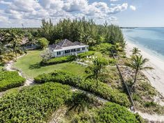 Paradise Villa is a beautiful villa for rent in Bahamas - Grand Bahama Island , Freeport. View info, photos, rates here. Bermuda Vacations, Villas In Italy, Beach Properties, Island Life, Big Island, Vacation Villas, Vacation Rentals, Beautiful Villas, Aerial View