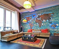 Beleuchtete Weltkarte fürs Wohnzimmer